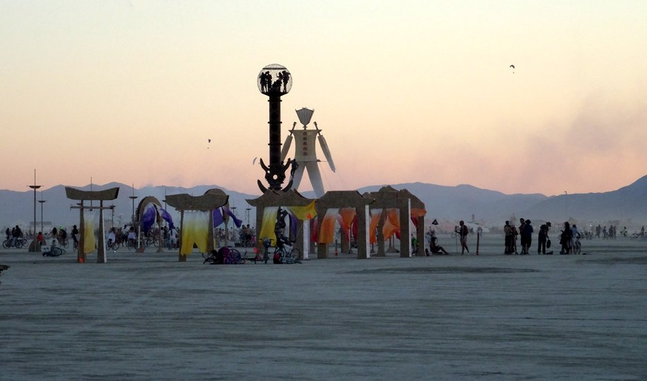 BURNINGMAN MAN