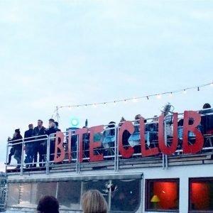 Bite Club, street-food festival 2 vendredis par mois au niveau de l'Arena Club € Une vingtaine de food-truck, du bon son et de la bière à gogo !